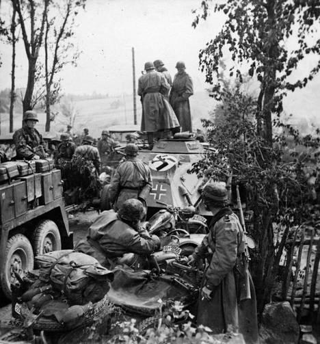 SS-divisioona Totenkopfin joukkoja Saksan itärintamalla 1941.