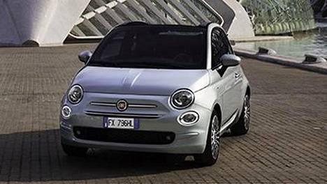 Fiat 500 muuttumisleikissä: pian Torinossa valmistetaan klassikkomallia sekä kevythybridinä että täyssähköisenä.