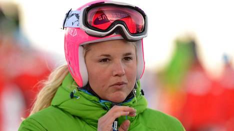 Anna Holmlund on koomassa italialaisessa sairaalassa.