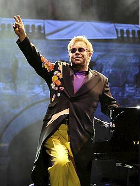 Elton Johnin konsertti tuli Italialle kalliiksi.