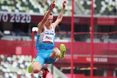 Kristian Pulli ei saanut parastaan irti kolmella ensimmäisellä kierroksella.