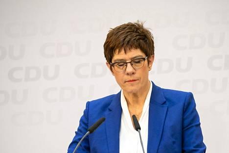 Annegret Kramp-Karrenbauer ilmoitti maanantaina, ettei jatka kristillisdemokraattien puheenjohtajana.