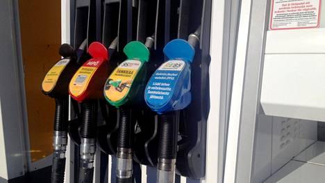 Polttoaineiden hintoihin tuli merkittävä laskupaine.