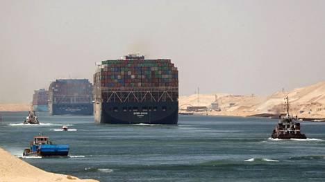 Ever Given -alus lähti matkaan keskiviikkona Suezin kanavalta.
