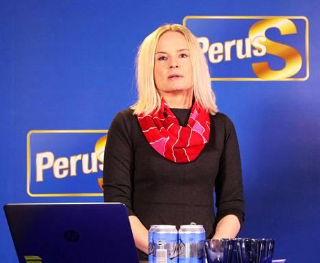Perussuomalaisista Ylen kanssa viestinviejänä toimi puoluetoimiston poliittinen suunnittelija Riikka Purra.