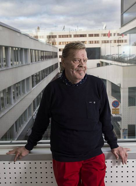 Vesa-Matti Loirin mukaan Junnu vainio osasi myös pyytää anteeksi ajoittain huonoa käytöstään.