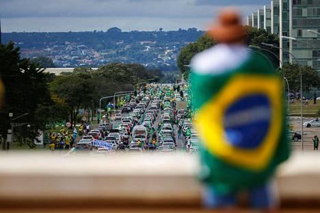Brasilialaisella moottoritiellä järjestettiin mielenosoitus presidentti Jair Bolsonaroa vastaan.