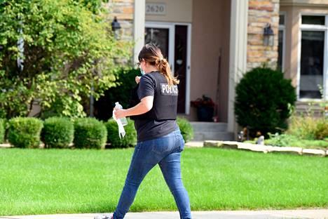 FBI suoritti kotietsinnän Harrisin kotiin Illinoissa maanantaina.