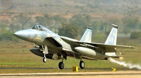 Yhdysvallat tuo kuudesta kahdeksaan F-15-ilmaherruushävittäjää Suomeen keväällä.