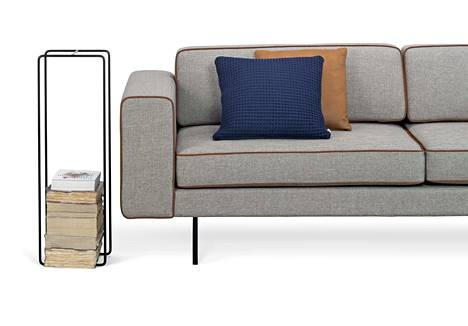 Tapio Anttilan Rim-sohvauutuus on siro ja linjakas. Valmistaja kotimainen Interface.