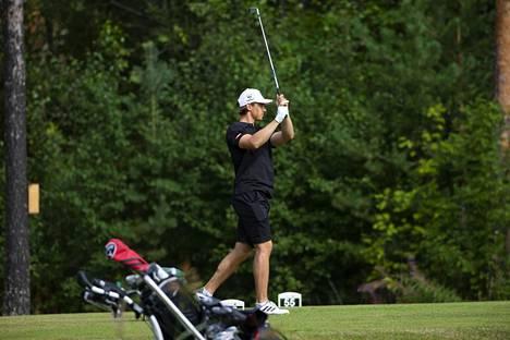 Golf on Ahon mieliharrastuksia kesällä.