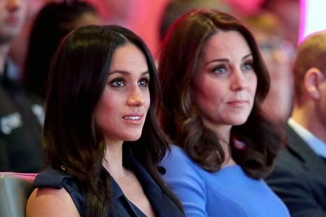 Hovin sisäpiiriläiset sanovat herttuatar Meghanilla olevan erikoinen luonne, joka ei välttämättä ole herttuatar Catherinen mieleen.