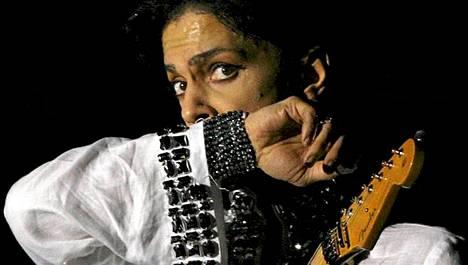 Prince esiintyy Suomessa torstaina.