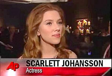 Scarlett Johansson haluaa hiljentyä jouluna.