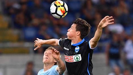 Sauli Väisänen debytoi Italian pääsarjassa Lazion vieraana.