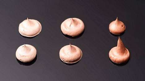 Sormet, sieni vai suti? Olipa suosikkivälineesi meikkipohjan tekoon mikä tahansa, näillä vinkeillä varmistat, että ihosta tulee mahdollisimman sileä ja meikistä tasainen.