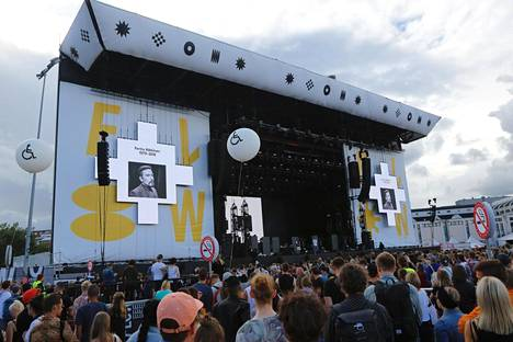 Viime vuoden Flow-festivaaleilla vietettiin hiljainen hetki Perttu Häkkisen muistolle.