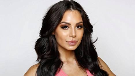 Fitness-kaunotar Sofia Belórfia epäillään Seiskan tietojen mukaan rahanpesusta.