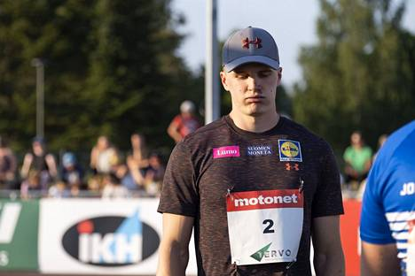 Oliver Helander kuvattuna Joensuussa heinäkuussa.