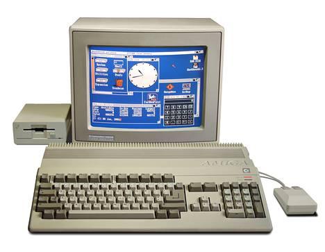 Alkuperäinen Amiga 500 kaikessa komeudessaan.