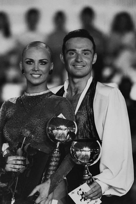 Helena Ahti ja Chris Johnston vuonna 1992.