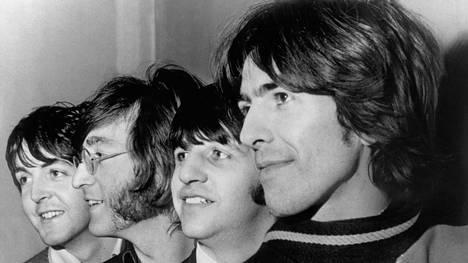 Kun kyrsiintynyt Ringo palasi Beatlesiin, rummut oli koristeltu kukilla – riidat sävyttivät nyt uusittua klassikkolevyä