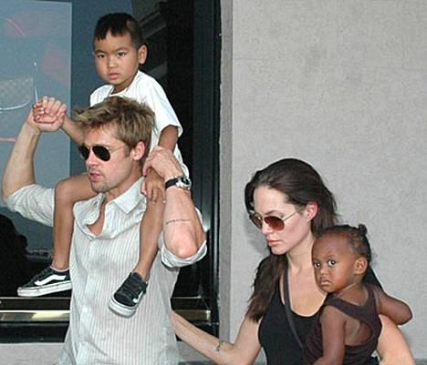 Brad Pitt kertoi haluavansa tulevaisuudessa hoitaa lapsiaan ja tehdä hyväntekeväisyystyötä.
