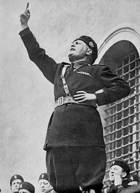 Mussolini uskoi itseensä, ei demokratiaan.