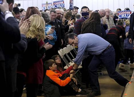Texasilaisen Ted Cruzin odotetaan haastavan Donald Trump kunnolla Iowassa.