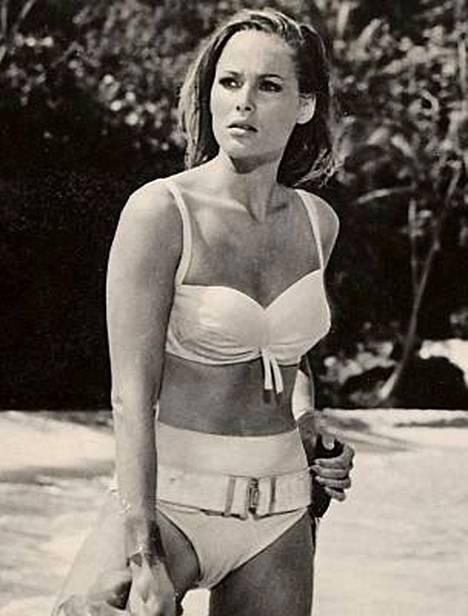 Ursula Andress on kaikkien aikojen bikinijumalatar.