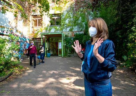 Sonja Haase äänesti Mitten kaupunginosassa Waldorf-koululla.