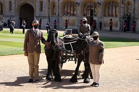 Prinssi Philip tuli kuninkaallisen hevostallin työntekijöille tutuksi kuluneiden vuosien aikana.