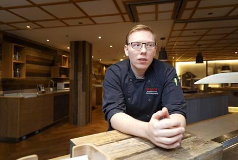 Keittiöpäällikkö Aki Koivuniemi halusi Facebook-kirjoituksellaan herätellä ihmisiä miettimään ruokahävikkiä.
