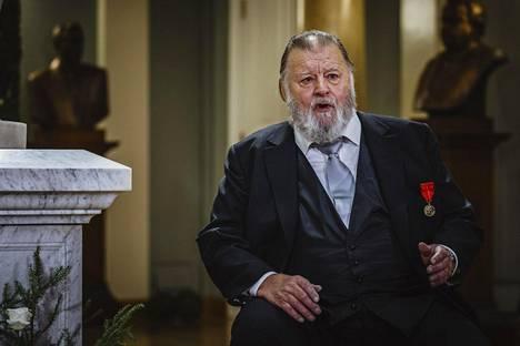 Salminen esiintyi itsenäisyyspäivänä Presidentinlinnassa.