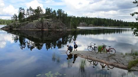 Mikä voisi olla ihanampaa kuin pyöräillä Saimaan ympäri!