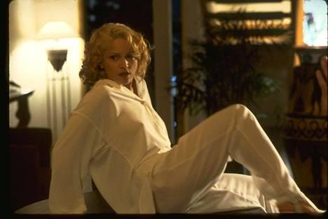 Eroottinen trilleri, jonka rohkeudella kohua herättäneessä naispääosassa nähdään pop-kuningatar Madonna.