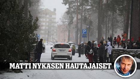 Matti Nykänen saatettiin lauantaina viimeiselle matkalleen.