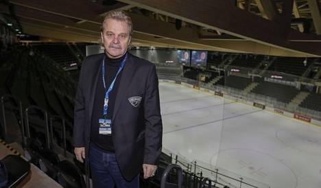 Legendaarinen jääkiekkovalmentaja Pentti Matikainen, 69, on ollut yli kymmenen kertaa Suomen joukkueen mukana Minskin amatööriturnauksessa.