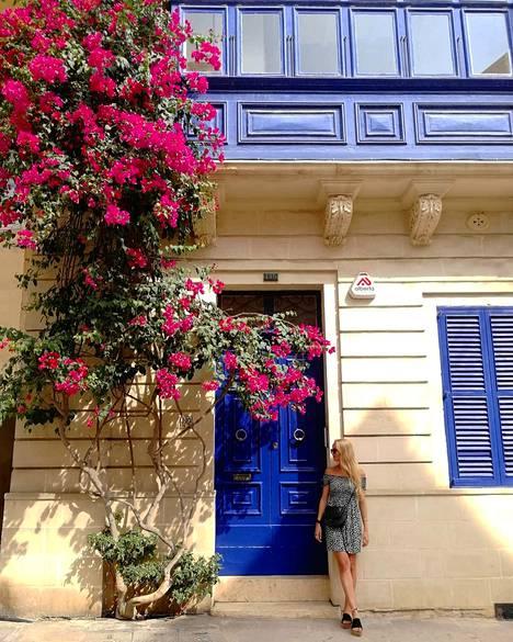 Kesällä Maltalla täytyy varautua myös siihen, että saarella on erittäin kuuma. Jos ilmastointia ei ole, kuten Juulialla ja Nicolalla, asunnoissa on tukalaa.