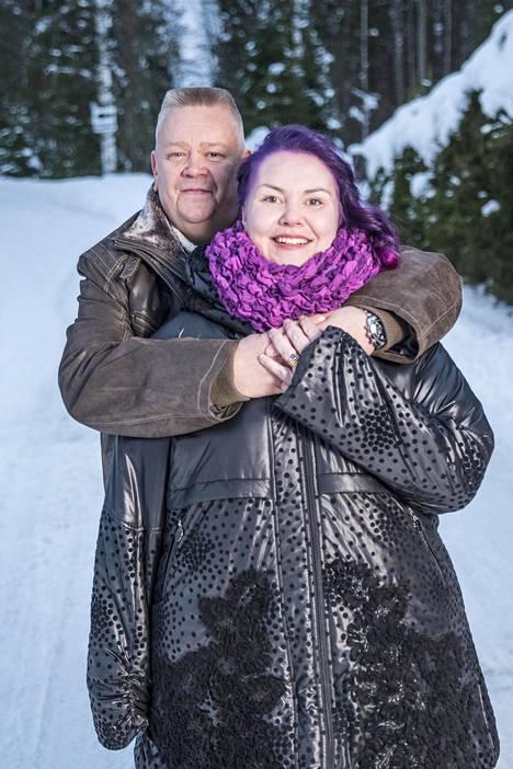 Suomen talvet ovat alkaneet tuntua liian pitkiltä. Palsanmäet haaveilevatkin, että voisivat jossain vaiheessa asua osan vuodesta Fuengirolassa.