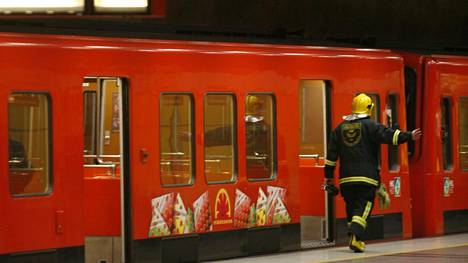 Metro seisoi lauantaina. Arkistokuva.