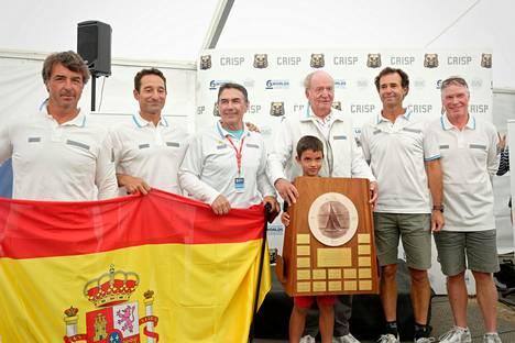 Entinen kuningas Juan Carlos voitti miehistöineen jälleen maailmanmestaruuden.