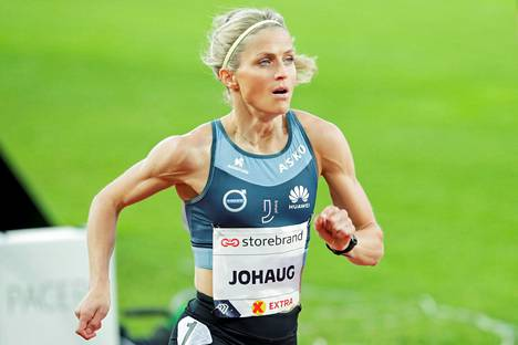 Therese Johaugin juoksuvauhti on hämmästyttänyt.
