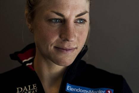 Astrid Uhrenholdt Jacobsen on kertonut sairastaneensa astmaa pienestä pitäen. Hän on huolissaan kovan kilpailuohjelman vaikutuksista muun muassa urheilijoiden terveyteen.