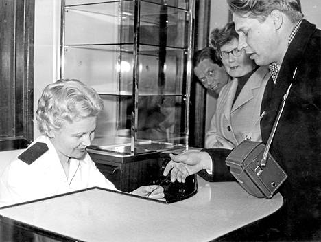 Kohti uutta: Reino Tolvanen lähdössä Suomesta maaliskuussa 1959.