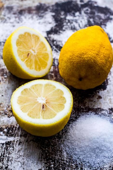 Käytä lemon possettiin luomusitruunoita.