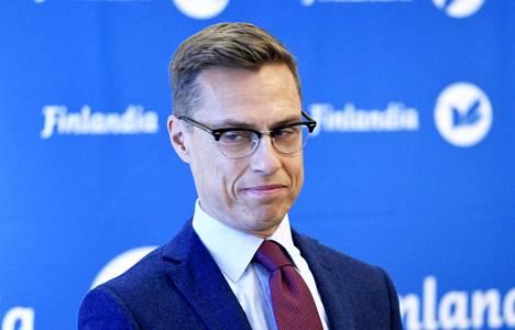Alexander Stubbin omaelämäkerta oli ehdolla tietokirjallisuuden Finlandian saajaksi. Palkinto meni tänään kuitenkin toiselle elämäkerralle eli toimittaja Riitta Kylänpään teokselle Pentti Linkola – Ihminen ja legenda.