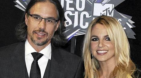 Britney Spearsin sulho Jason Trawick ei kitsastellut kihlasormusostoksilla.
