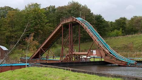 Hylättyjä paikkoja kiertävä ryhmä kuvasi Skotlannissa sijaitsevan huvipuiston, joka sulki ovensa vuonna 2010.