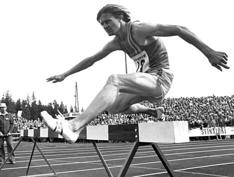 Jouko Kuha Kalevan kisoissa 1975.